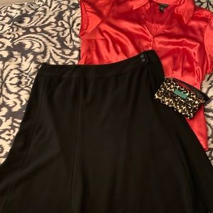 🔥Sale🔥NWT Avenue black knee length A-line skirt